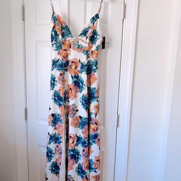 NBD Dresses & Skirts - NWT NBD Floral Summer Haze Maxi Dress